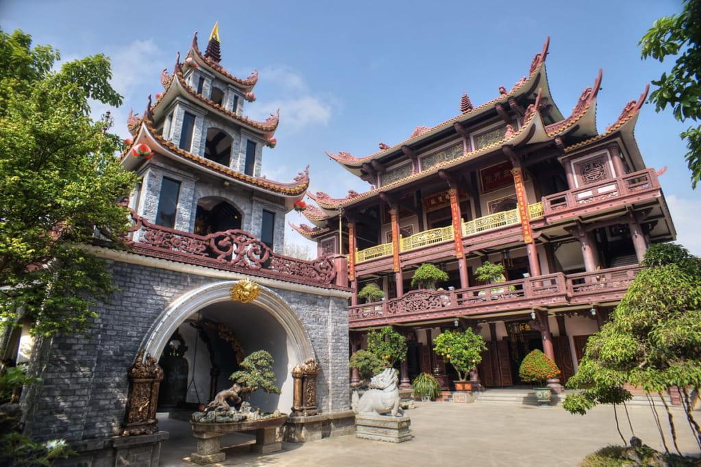 Tour Quy Nhơn - Eo Gió - Chùa Thiên Hưng 1 Ngày